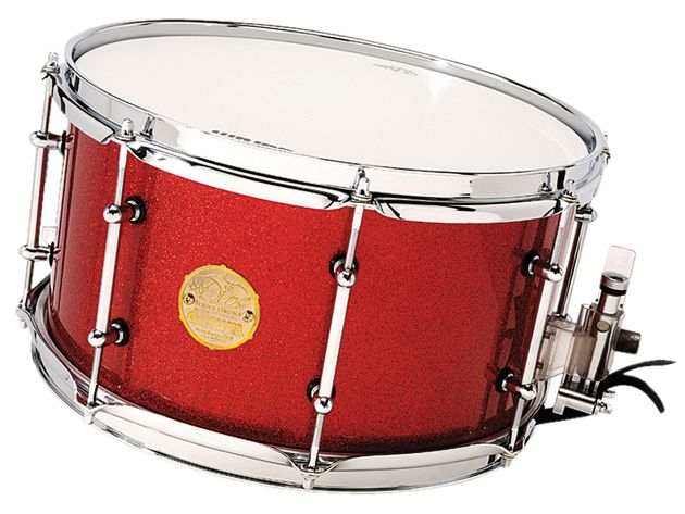 "The 13""x7"" snare drum is fitted with the highly regarded Nickel Drumworks piston"