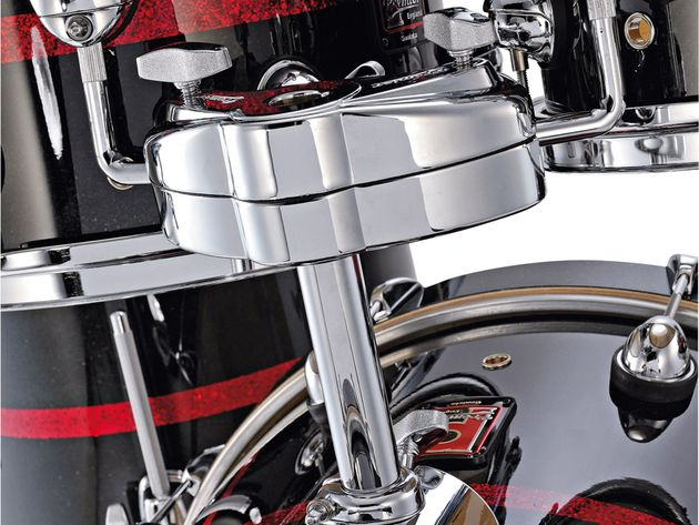 Mounted toms on the American maple kit have ISO isolation mounts whereas those on the birch kits do not.