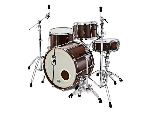 The satin smooth figured walnut finish of the 8.1mm-thick 100 per cent walnut  shells on the Retrosonic kit is exceptional.