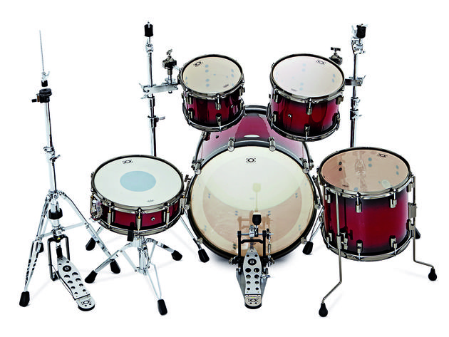 American Remo heads, rebadged as DrumCraft, are fitted across the Series 8 Maple Kit.
