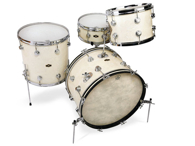 George Way Aristocrat Kit in White Marine Pearl