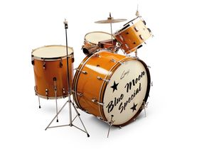 Vintage drum gear: Leedy kits