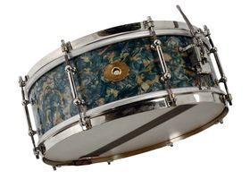 Vintage Drum Gear: Slingerland Sea Green Pearl kit and '30s snares