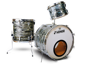Vintage drum gear: Sonor kits