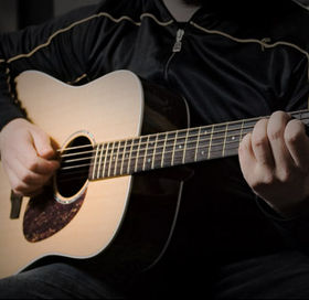 Play acoustic guitar like Eric Clapton