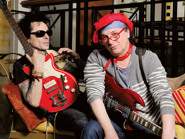 Earl Slick (left) and Sylvain Sylvain (right).