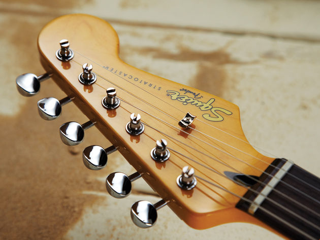 The Vintage Modified Surf Strat lacks a period-correct matching headstock, but this is a teensy gripe.