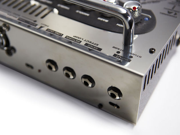 A wide array of connections and power-switching options means the Stomp Head can be used live, at home or in the studio with ease