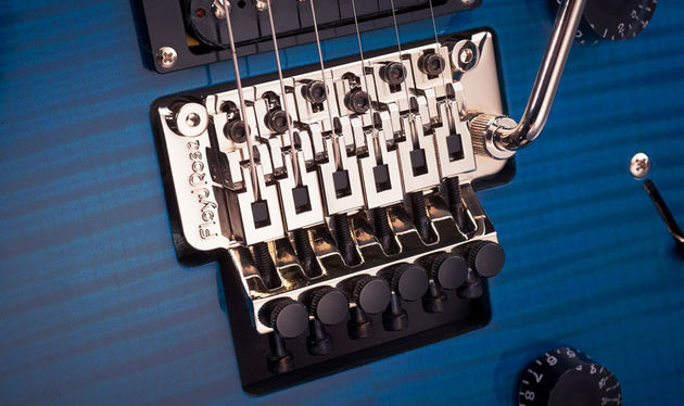 PRS has stuck an authentic Floyd Rose 1000 Series vibrato on this rock beast - the waggles and gargles you can wrangle more than live up to the Floyd legacy