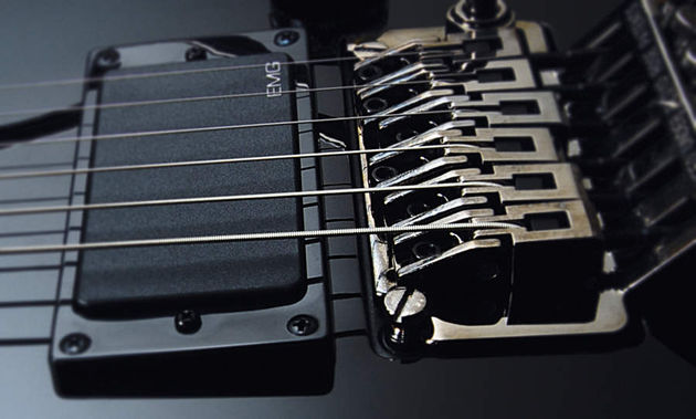 The 255 comes with a licensed Floyd Rose floating tremolo
