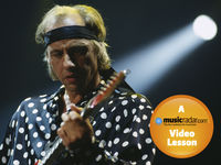 How to play guitar like Mark Knopfler