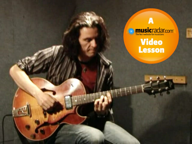 Alex Skolnick uses simple melodies to make chord extensions easier