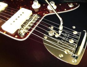In pictures: Fender Troy Van Leeuwen Jazzmaster unboxed