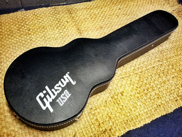 Gibson 2014 Les Paul Futura unboxed