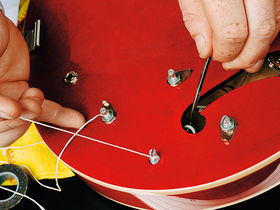How to change the pickups on a Gibson ES-335 style guitar