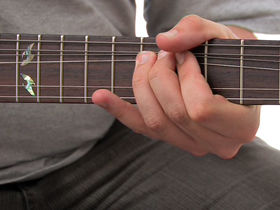 Guitar basics: String bending