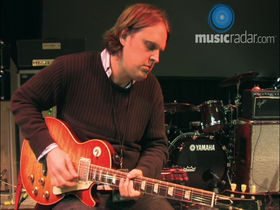 Video: Joe Bonamassa on moving around the fretboard