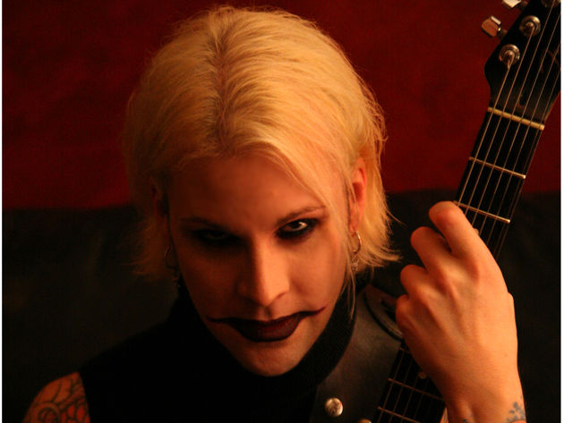 John 5 shows you how to combine sweeping and tapping in one lick