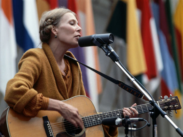 Play acoustic like Joni Mitchell