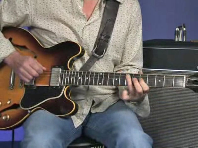 We show you how to get Eric Clapton's guitar tone