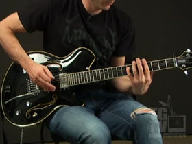 Wes Borland on two-handed tapping