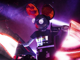 Get the sound of Deadmau5's The Veldt