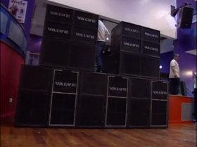 Valve sound system