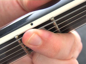 Guitar basics: Fretting tips