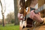 Guide d'achat : les cordes pour votre guitare acoustique
