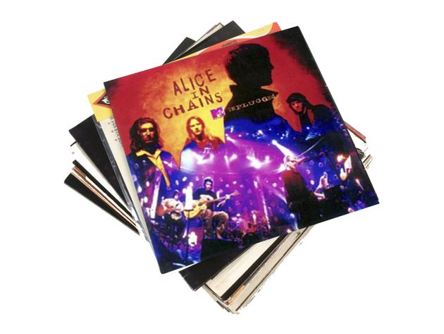 Alice In Chains - Down In A Hole (extrait de leur album Unplugged)
