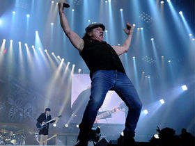 AC/DC's Brian Johnson says he's retiring