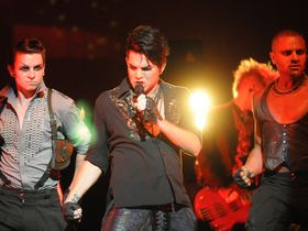 American Idol's Adam Lambert covers Metallica's Enter Sandman
