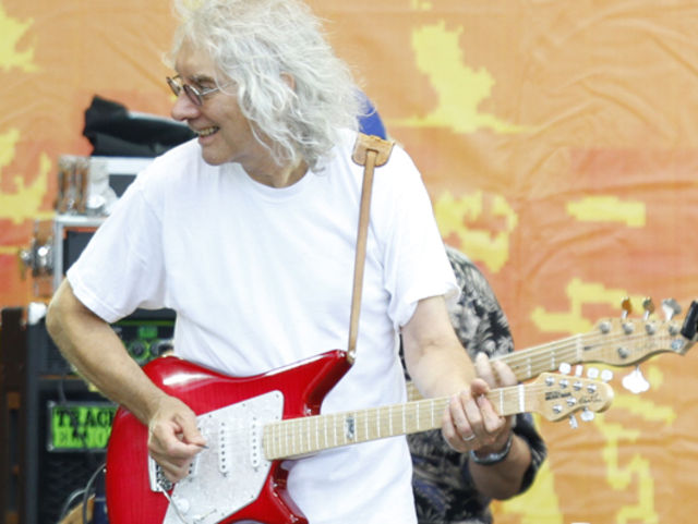 Albert Lee on 12-bar blues variations