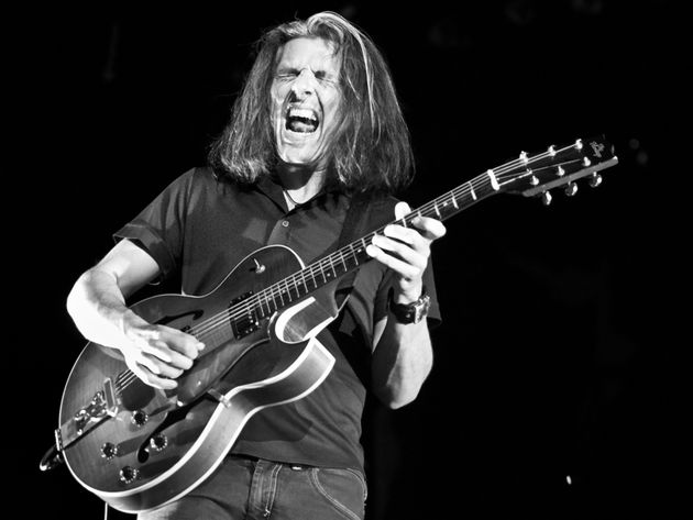 Skolnick puts on his 'metal face' in the jazz-based Alex Skolnick Trio