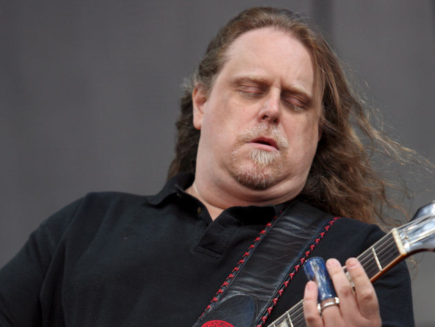 Taxman or Street Fighting Man? Warren Haynes tells you