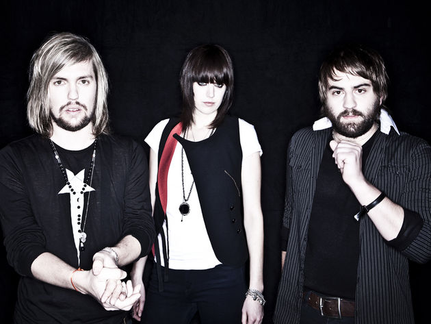 Band Of Skulls (Marsden, Richardson, Hayward) are buzzin'