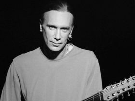 Billy Sheehan grabs Billy Gibbons for album