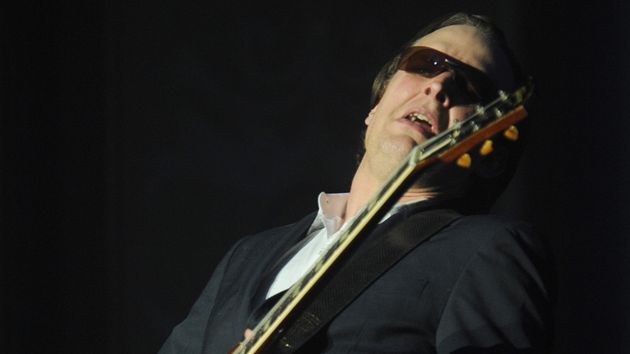 "Glenn Hughes has blamed Joe Bonamassa for Black Country Communion's lack of live dates. ""It went from slightly annoying to supremely not cool,"" says Bonamassa."