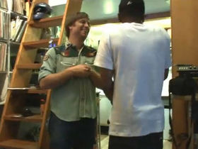 VIDEO: The Black Keys record with Mos Def