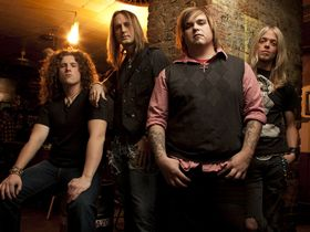 VIDEO: Black Stone Cherry backstage on the Carnival Of Madness tour