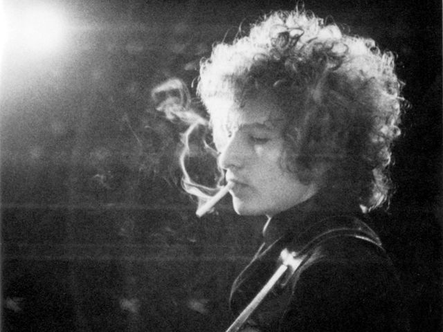 Bob Dylan: capable of stringing a word or two together.