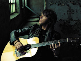 Richie Sambora talks Bon Jovi, guitars and Lost Highway