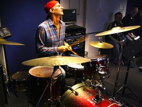 Chad Smith's surprise drum lesson