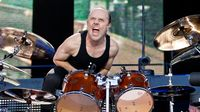 Bientôt un battle entre Lars Ulrich, Will Ferrell et Chad Smith ?