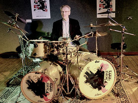 Ginger Baker named world's craziest drummer