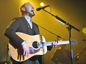 David Gray talks production, atmospherics and his new album, Mutineers