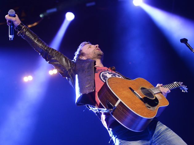 Dierks Bentley talks production, personal songwriting and his new album, Riser