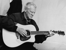 Bluegrass guitar legend Doc Watson dies aged 89