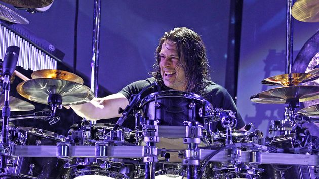 You're the interviewer next week when Mike Mangini answers your questions.