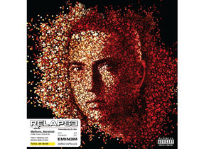 Eminem scores biggest debut of 2009 with Relapse